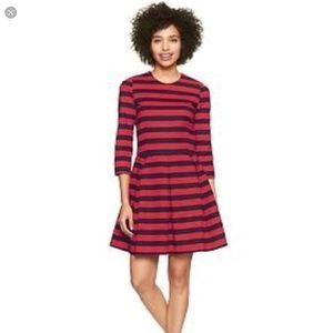 GAP striped fit and flare dress sz0